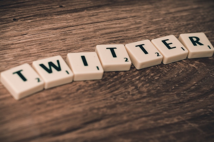 get customers talking about you on Twitter